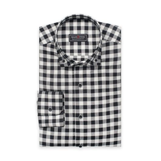 Lett flanellskjorte i hvitt og mørkegrått